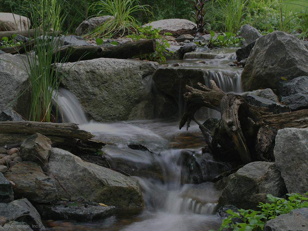 >Pondless Waterfalls